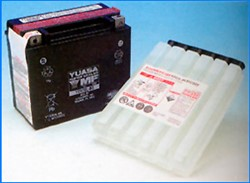"Picture of Batterie ""YUASA"" 18 AH / 12 V / + Links"